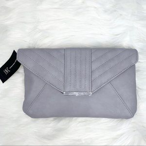NWT Luci Quilted envelope Clutch